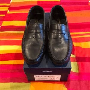 Cole Haan Black Leather Rodeo Penny Driver Shoes